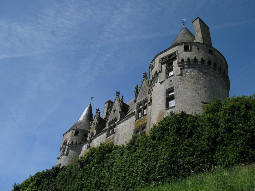11 En voiture et tous au Château...