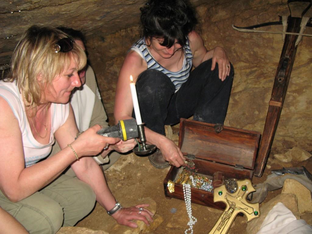 33 Le trésor est resté intact depuis l'an 1307